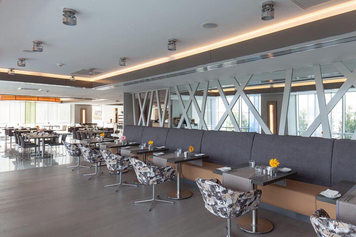 Ramada-galeri-restaurant-2